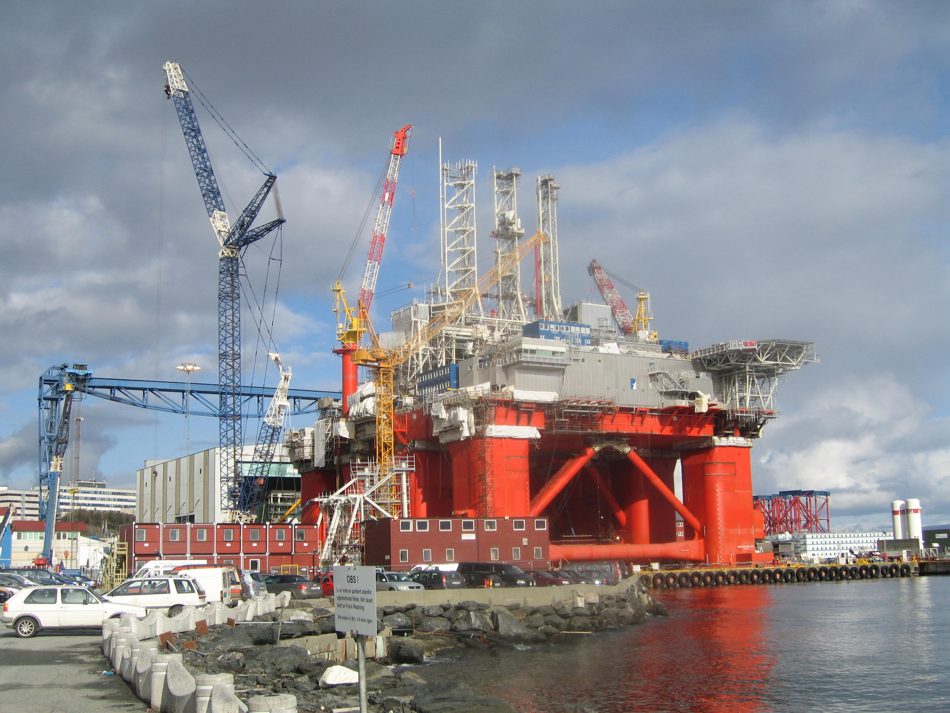 JPT Shell Makes Large Discovery Near Appomattox in Gulf of ... |Transocean Shell Rigs